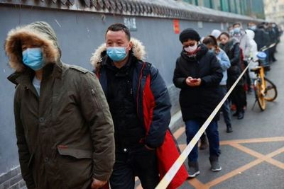 China realiza hisopados anales para detectar el COVID19