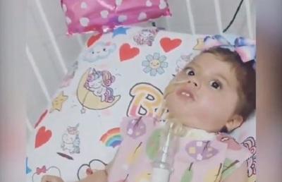 Bianca recibe el medicamento Zolgensma en el Hospital Acosta Ñu
