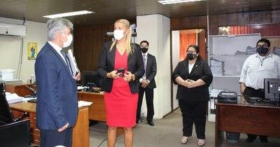La Nación / Migraciones informó a ministro del Interior sobre acciones realizadas en pandemia