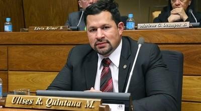 Levantan restricción y Ulises Quintana podrá trabajar en su campaña