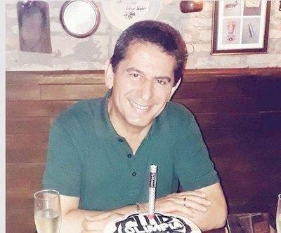 Crónica / Rumorean que Carlos Báez fue rajado del Grupo Vierci