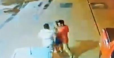 Ordenan captura de los dos hombres que subieron a una mujer a la fuerza a una camioneta