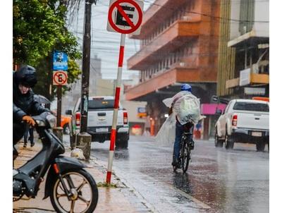 Meteorología anuncia jueves cálido y con lluvias