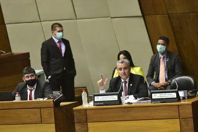 Villamayor confirma cambio y da por sentado que Diputados le aplicará voto censura