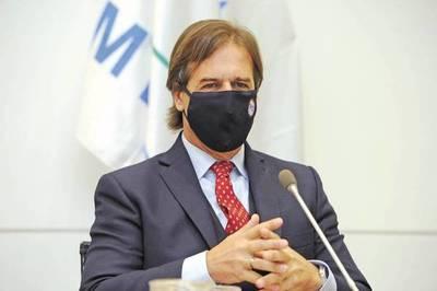 Uruguay reabre parcialmente sus fronteras, anunció Lacalle
