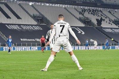 Cristiano Ronaldo violó las restricciones por la pandemia
