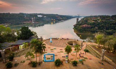 Empresarios plantean construcción de puente entre Franco y Puerto Yguazú