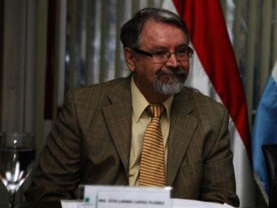 """Asesor ve  """"tumultuoso"""" escenario de negociación interna por Itaipú"""