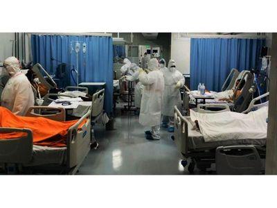 Planean reconvertir en UTI salas de reanimación para evitar el colapso