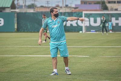 Gustavo Morínigo superó el covid y prepara el segundo partido al frente de Coritiba