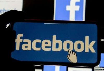 """""""WhatsApp es bastante intrusivo y Facebook es un buitre de los datos"""""""