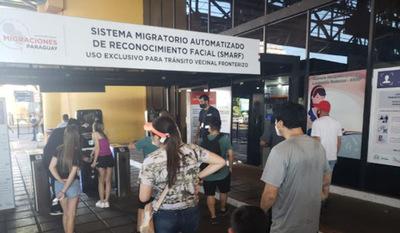Más de 4.000 personas ya utilizaron el sistema de reconocimiento facial en el Puente de la Amistad