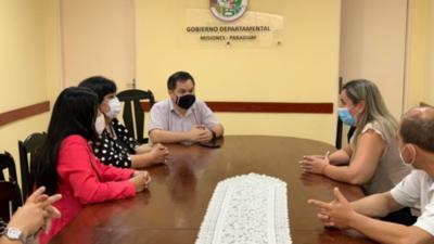Gobernación de Misiones dona plano para espacios infantiles