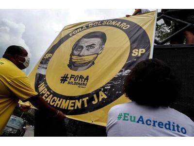 Bolsonaro se distancia del vicepresidente por tensiones