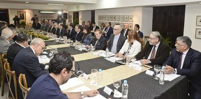 Canciller recibirá toda la documentación pertinente a la revisión del Anexo C de Itaipu