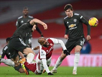 Arsenal y United se olvidan de los goles