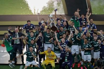 Con Gustavo Gómez a la cabeza, Palmeiras se consagró campeón de la Copa Libertadores