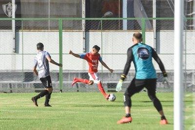 Crónica / River le ganó a Cerro en partido amistoso