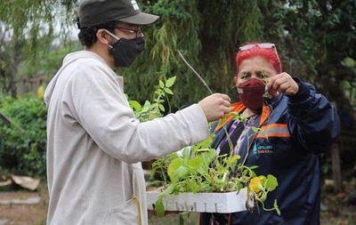 Huertas que empoderan y protegen el medio ambiente