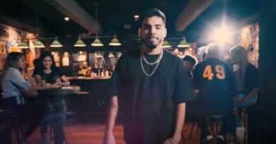 """HOY / El cantante paraguayo Nicolá presenta videoclip """"De Primera"""""""