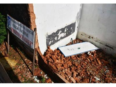 Docentes emplazarán al  MEC para que repare las escuelas en mal estado