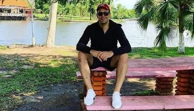 Álvaro Mora terminó su descanso y retorna a Urbana y Teleshow