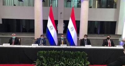 La Nación / Anexo C: Acevedo habla de patriotismo al recibir documentación oficial de Villamayor