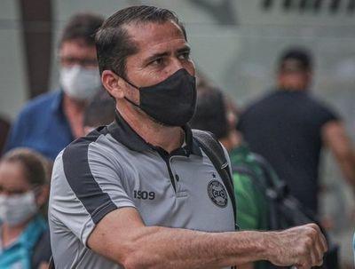 Morínigo sigue sin perder con Coritiba, pero no escapa de la zona del descenso