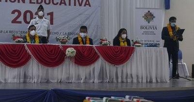 La Nación / Bolivia inaugura año escolar a través de internet, radio y TV