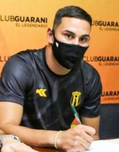 El Kelito ficha a Gustavo Navarro