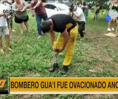 Ejemplo de amor y servicio: Bombero fue ovacionado en Villa Elisa