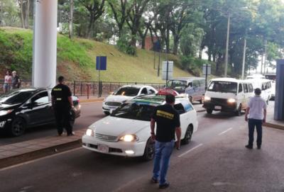 Más de 3.500 personas verificadas en controles aleatorios en paso fronterizo de Ciudad del Este