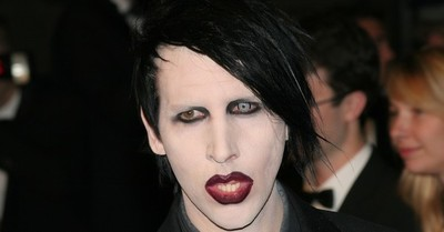 Marilyn Manson es desvinculado de su sello y podría ser investigado por el FBI tras denuncias de abusos