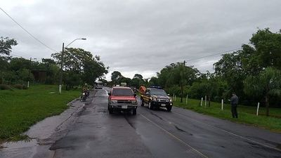 Despejan ruta PY01 tras cierre por desborde de arroyo