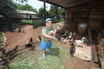 """Crónica / EL DR. LOVE: """"No crean más que yo como gallinas ajenas"""""""