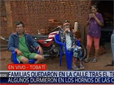 Familias durmieron en hornos de olería tras inundaciones en Tobatí