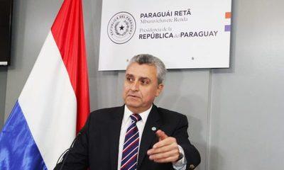 Por un voto, Villamayor zafa de voto censura