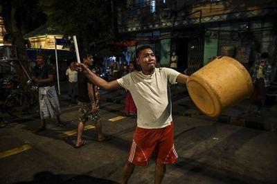 Llamamientos a desobediencia civil en Birmania tras golpe de Estado