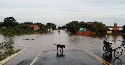 La Nación / Registran 1.878 familias afectadas por las últimas inundaciones