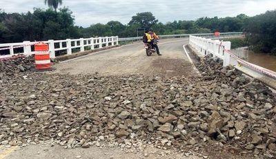 Temporal desvela deficiente obra vial inaugurada hace tres semanas