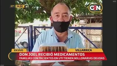 Don Joel recibió medicamentos
