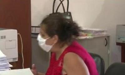 Mujer denunció a policías por supuesta extorsión y quedó detenida
