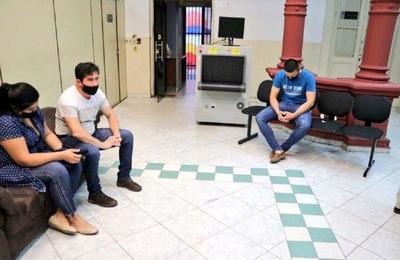 Imputan a tres policías por supuesta extorsión y privación de libertad – Prensa 5