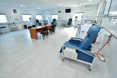 Gobierno inaugura primer servicio de hemodiálisis en Ñeembucú