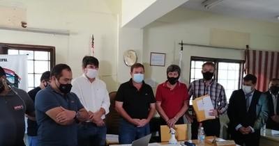 La Nación / Por muro caído tras temporal, Municipalidad de Lambaré denunció a administración anterior