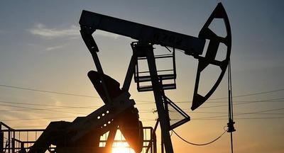 Precio del barril de petróleo se acerca a US$ 60 mientras suministro mundial disminuye