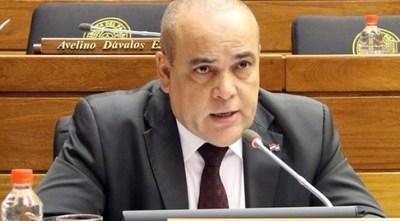 Diputado Bachi Nuñez denuncia a un periodista del diario Abc por vulnerar su propiedad privada