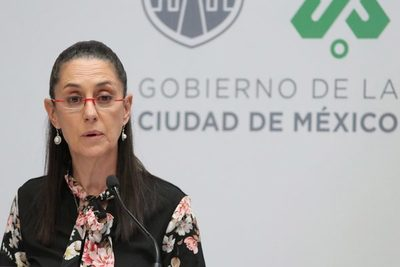 Ciudad de México reabrirá negocios tras una baja en número de hospitalizados