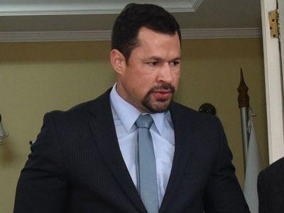 Ulises Quintana se inscribe como precandidato a la intendencia de CDE