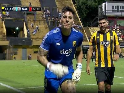 Gaspar Servio y un gol con dedicatoria especial